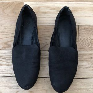 Franco Sarto black leather flats